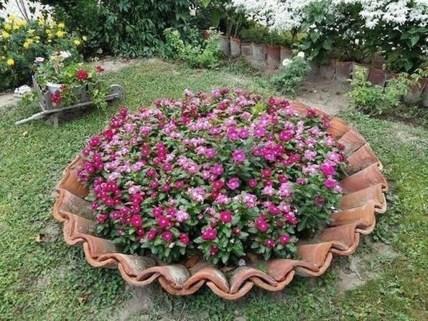 Amazing DIY Garden Decoration Idea You Must Try 06
