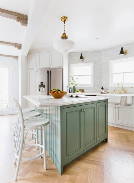 Awesome Kitchen Island Design Ideas with Modern Decor & Layout 34
