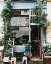 Basic Exterior Wall Into an Elegant Vertical Garden to Perfect Your Garden 14
