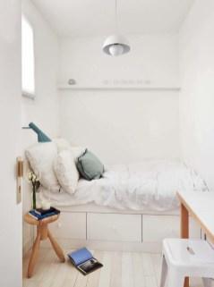 Best Maximizing Your Tiny Bedroom 15