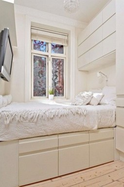 Best Maximizing Your Tiny Bedroom 37