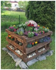Cheap DIY Garden Ideas Everyone Can Do It 06
