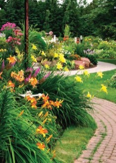 Clever Gardening Ideas with Low Maintenance 08