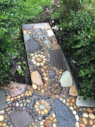 Clever Gardening Ideas with Low Maintenance 27