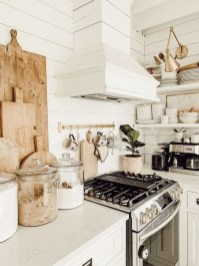 Cool Farmhouse Kitchen Decor Ideas On a Budget 01