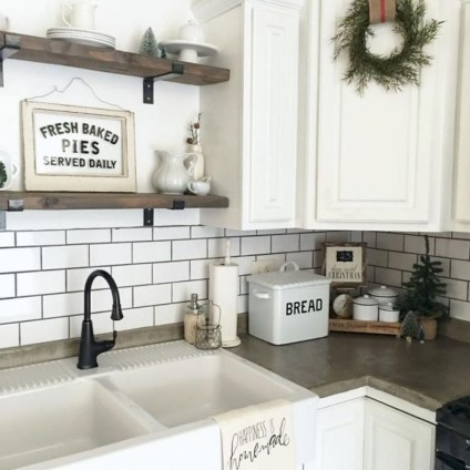 Cool Farmhouse Kitchen Decor Ideas On a Budget 07