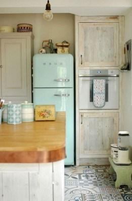 Cool Farmhouse Kitchen Decor Ideas On a Budget 36