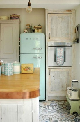 Cool Farmhouse Kitchen Decor Ideas On a Budget 36