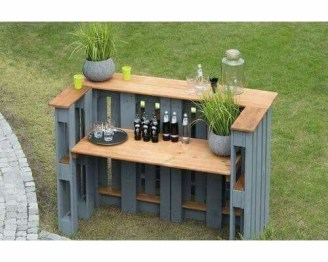 DIY Bright Outdoor Bar Using Pallet 04
