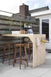 DIY Bright Outdoor Bar Using Pallet 05