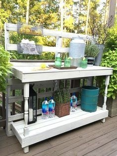 DIY Bright Outdoor Bar Using Pallet 08