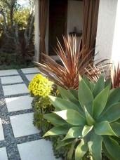 Gardening Tips- Maintenance Landscaping Front yard 33