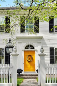 How to Coolest & Looks Bright, with Fences White-colored House 36