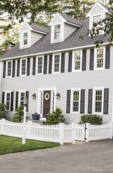 How to Coolest & Looks Bright, with Fences White-colored House 52