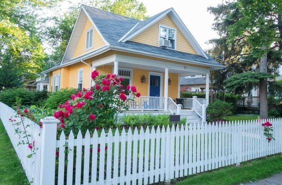 How to Coolest & Looks Bright, with Fences White-colored House 56