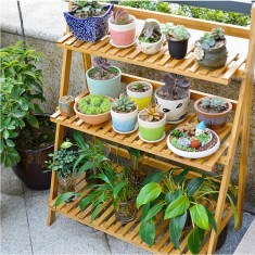 Inexpensive DIY Planter with Pallet 30