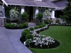 Most Amazing Front Yard and Backyard Landscaping Ideas 04