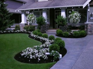 Most Amazing Front Yard and Backyard Landscaping Ideas 08