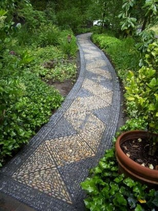 Stunning Garden Path and Walkways Design to Beautify Your Garden 18