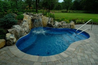 Top Trends Small Pools for Your Backyard 13