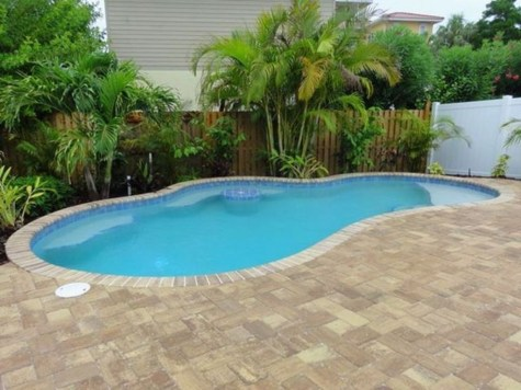 Top Trends Small Pools for Your Backyard 41