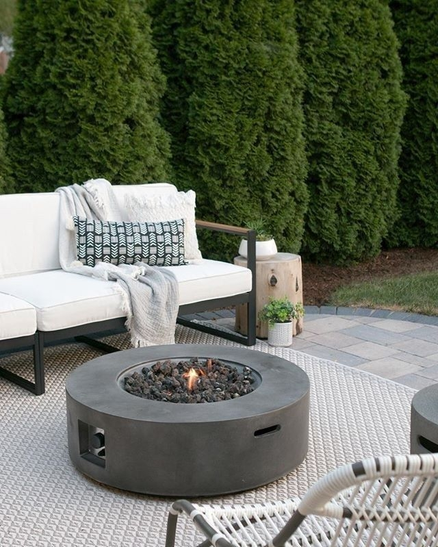 Wonderful Outdoor Firepit Ideas 41