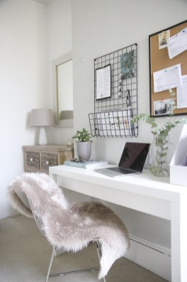 47 Interior Design 2019 for Decorating Your Comfortable Home Office 17