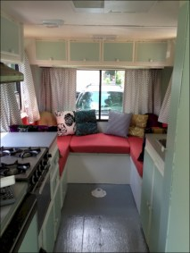 Amazing RV Decorating Designs and Project That You Have To Try 11