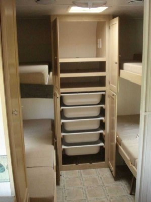 Amazing RV Decorating Designs and Project That You Have To Try 34