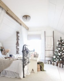 Amazing Rustic Farmhouse Decor Ideas on A Budget 55
