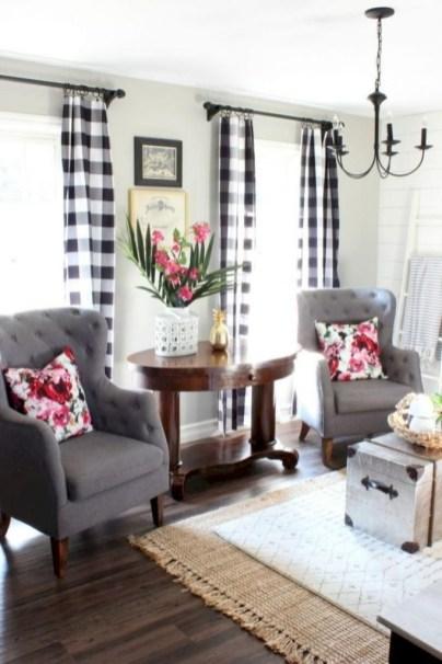 Amazing Rustic Farmhouse Decor Ideas on A Budget 67