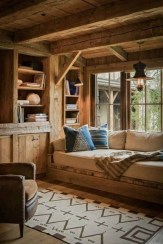 Amazing Rustic Home Decor Ideas That You Can Do It Yourself 04
