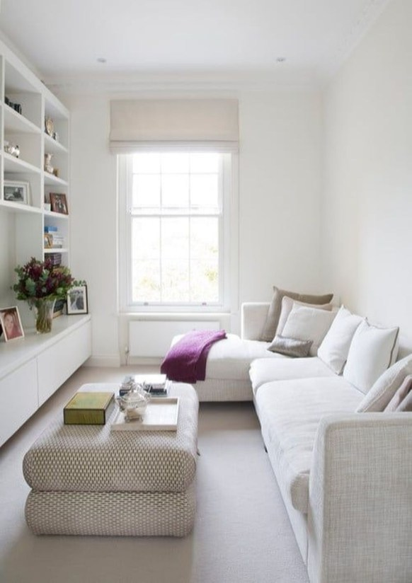 Amazing Small Living Room Design to Make Feel Bigger 33