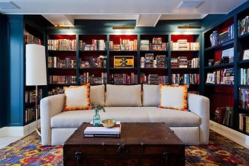 Amazing Small Living Room Design to Make Feel Bigger 39