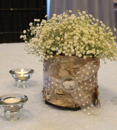Beautiful Decorations for Your Wedding Decoration with Wooden Slices07