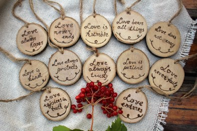 Beautiful Decorations for Your Wedding Decoration with Wooden Slices11