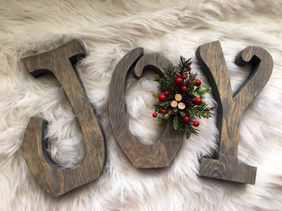 Beautiful Decorations for Your Wedding Decoration with Wooden Slices18