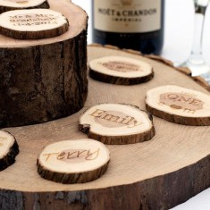 Beautiful Decorations for Your Wedding Decoration with Wooden Slices30