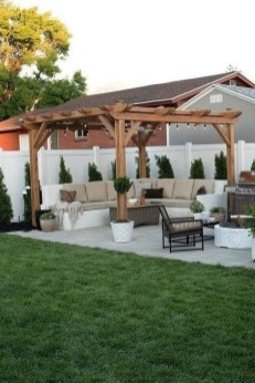 Beautiful Small Backyard Patio Ideas On A Budget 19