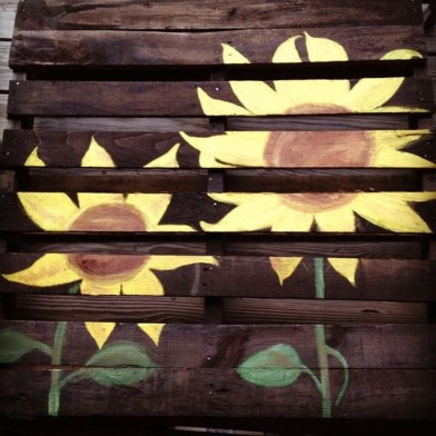 Best Fall Pallet Projects and Design for Your Home on a Budget 08