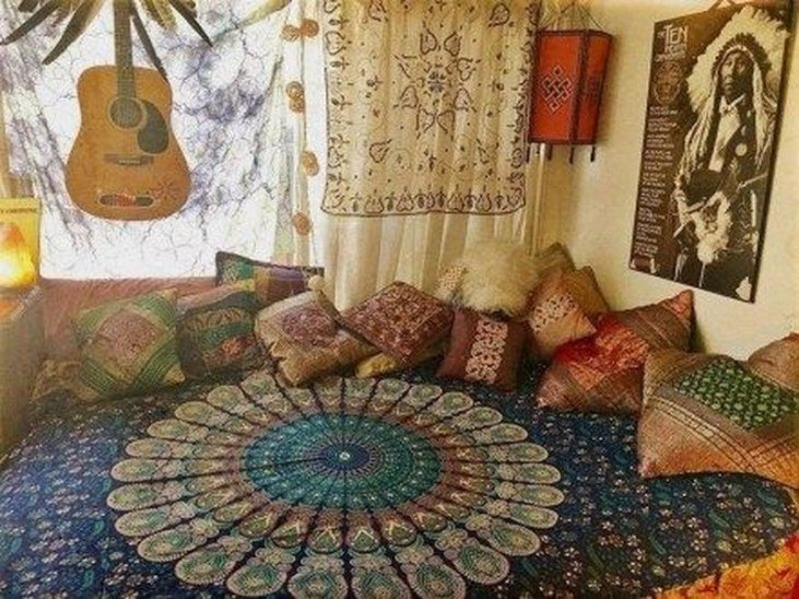 Bohemian Decorating Ideas and Projects to Perfect Your Bohemian Style 25