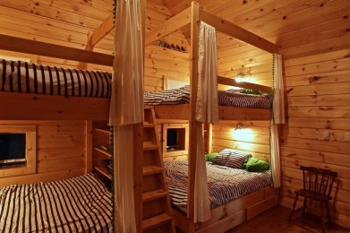 Bunk Beds with Wooden Wall Design 14