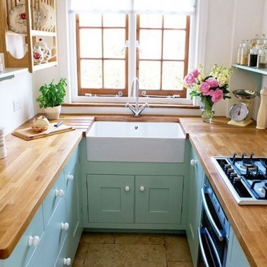Cozy Kitchen Decorating with Farmhouse Sink Ideas 21