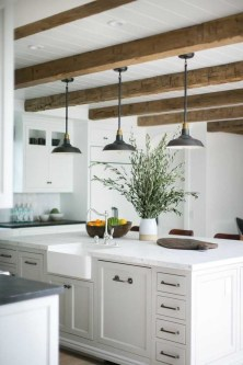 Cozy Kitchen Decorating with Farmhouse Sink Ideas 34