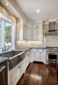 Cozy Kitchen Decorating with Farmhouse Sink Ideas 35