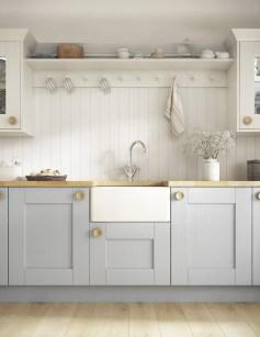 Cozy Kitchen Decorating with Farmhouse Sink Ideas 46