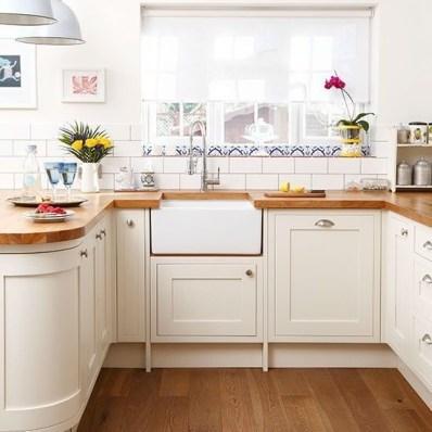 Cozy Kitchen Decorating with Farmhouse Sink Ideas 50