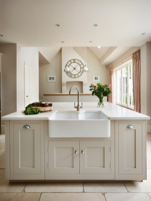 Cozy Kitchen Decorating with Farmhouse Sink Ideas 52