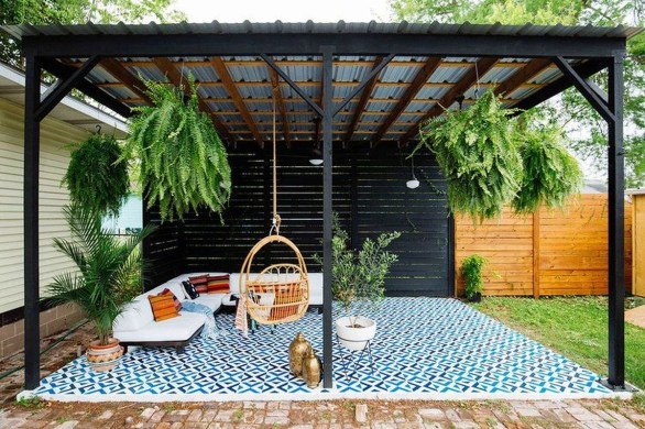 Fabulous DIY Projects To Make Small Backyard More Cozy 21