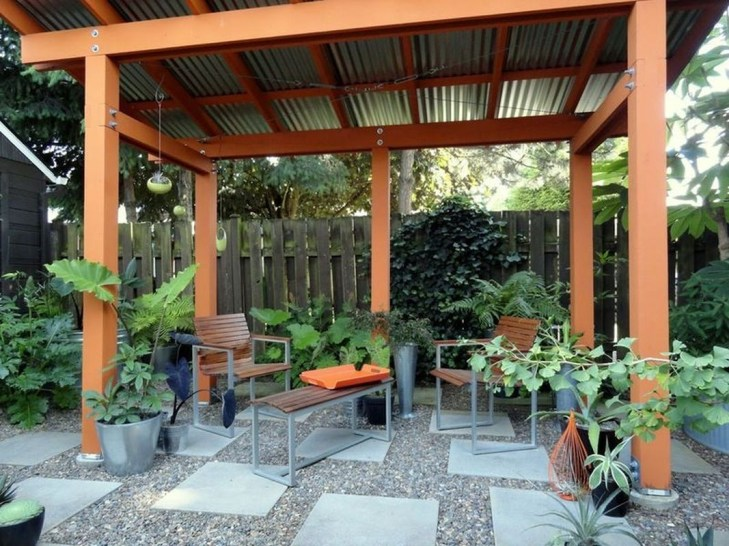 Fabulous DIY Projects To Make Small Backyard More Cozy 24